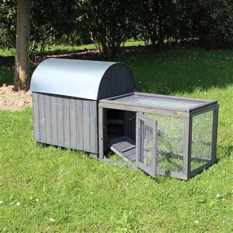 le pour poulailler choisir l habitat des poules poulailler et parcours le magazine gamm vert