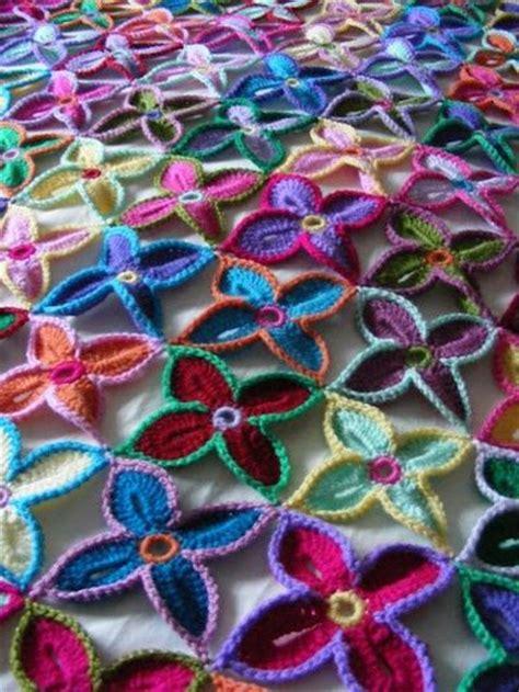 crochet pattern hawaiian flowers hawaiian flower throw crochet ideas and tips juxtapost