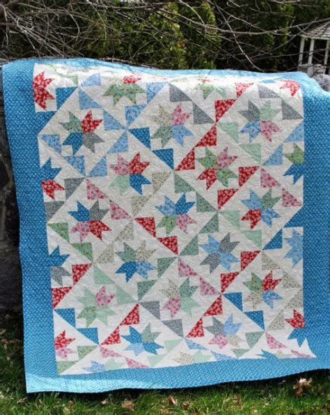 Quilts From Layer Cakes by 12 Layer Cake Quilt Patterns Fast And Easy Quilt Show