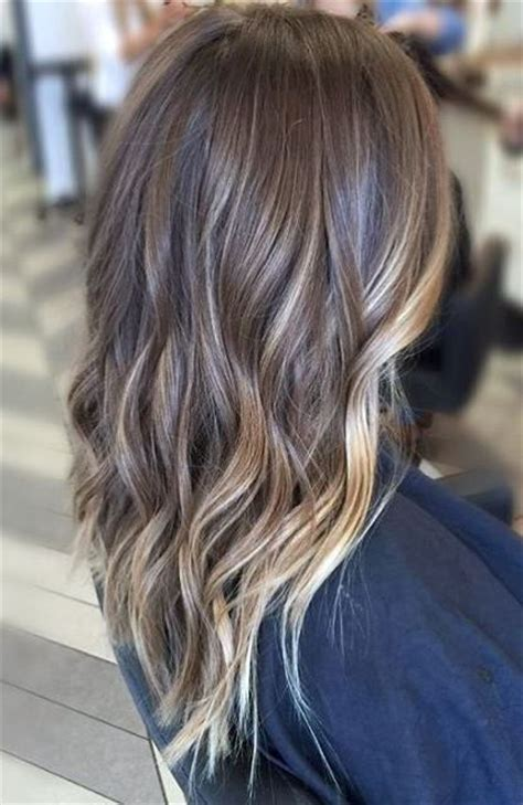 partial red highlights on dark brown hair 25 best ideas about partial balayage on pinterest