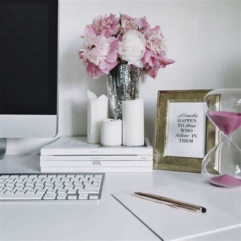 professional office wall decor ideas best 25 professional office decor ideas on pinterest