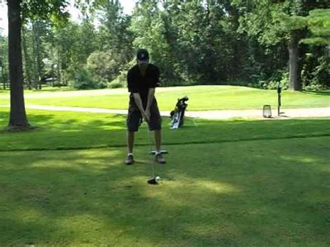wide stance golf swing how wide should your golf stance be the grateful golfer