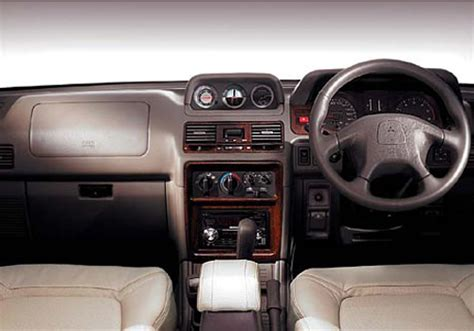 mitsubishi shogun interior new car reviews archives page 14 of 15 indiandrives com