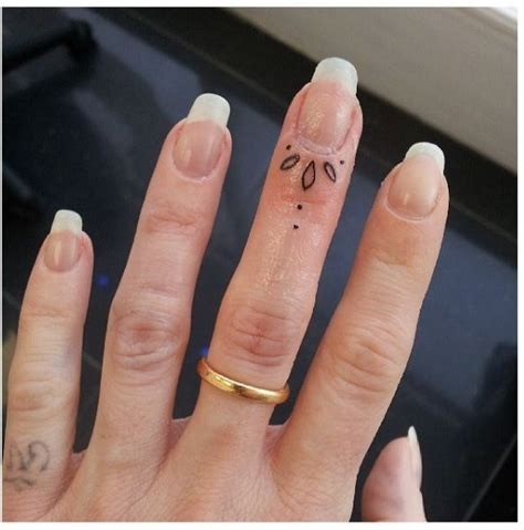 tattoo on finger small 36 fingernail flower design 38 adorable tiny finger