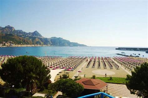 sporting club giardini naxos hotel sporting baia 4 giardini naxos apartmani i hoteli