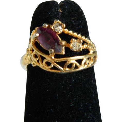 vintage 18k hge rhinestone ring from theopulentowl on ruby