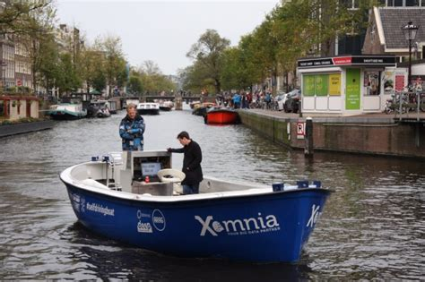 boat driving first self driving boat on artificial intelligence deep