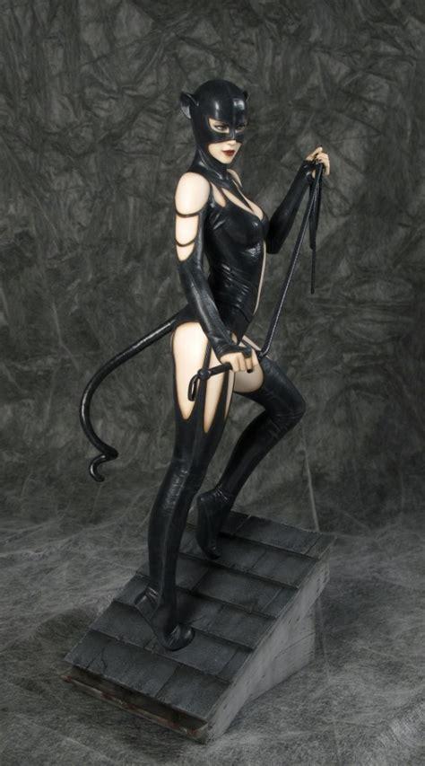 catwoman fantasy figure gallery luis royo statue