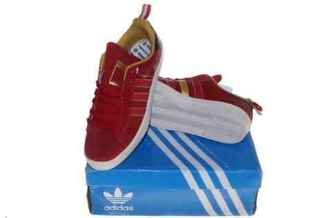 Tshirt Adiddas Merah gudang sepatu branded adidas sepatu kets
