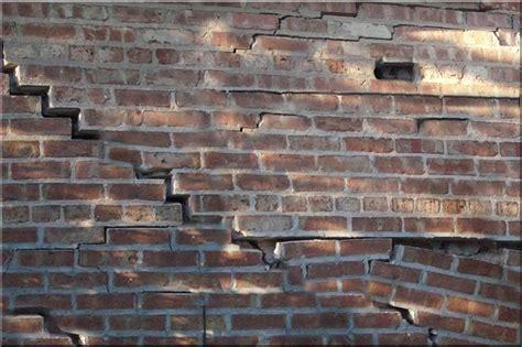 Backsteinmauer Sanieren by Brick Repair Delta Tuckpointing 847 482 1800