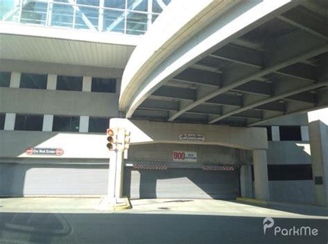 joe louis arena parking garage parking in detroit parkme