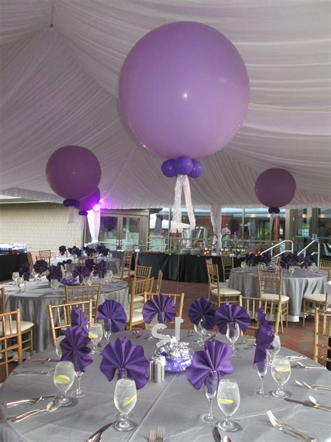 jumbo 3 foot balloons made a simple yet elegant statement