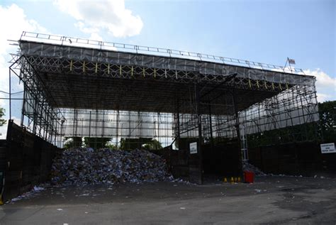 traditional scaffolding at richmond recycling depot
