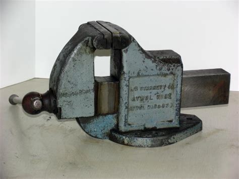 starrett bench vise 5 in l s starrett machinist s bench vise