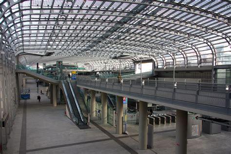 torino porta susa centrale servizio ferroviario metropolitano di torino