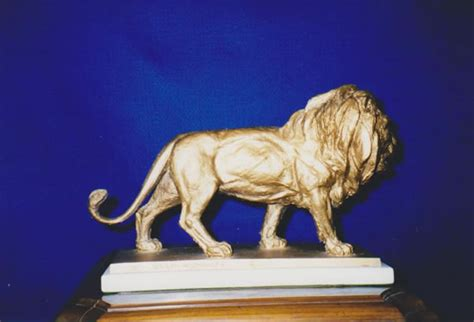golden lion film award clemente spinato bronze sculpture