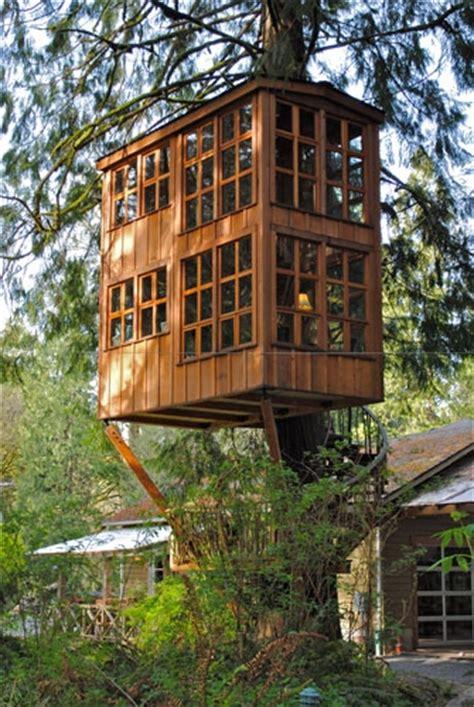 awesome tree houses amazing treehouse favething com