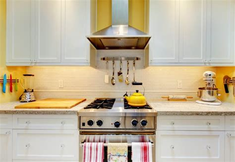 What To Clean Kitchen Cabinets With How To Clean Kitchen Cabinets Bob Vila