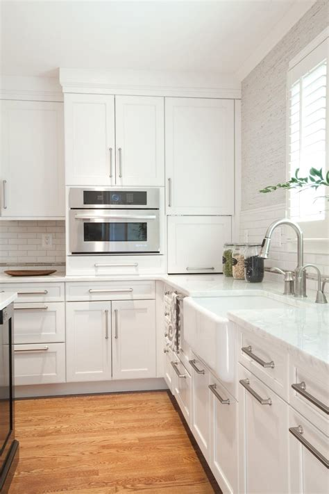 White Kitchen Cabinets Hardware Photos Hgtv