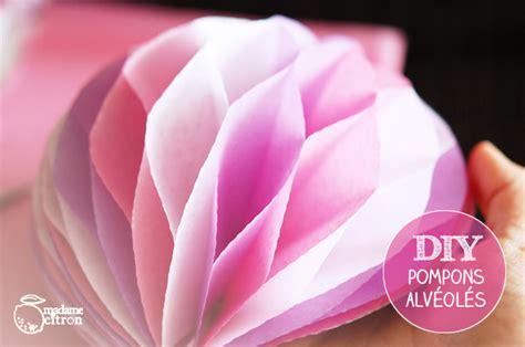 Faire Des Pompons En Papier by Diy Pompons Alv 233 Ol 233 S 224 R 233 Aliser Toi M 234 Me Madame Citron