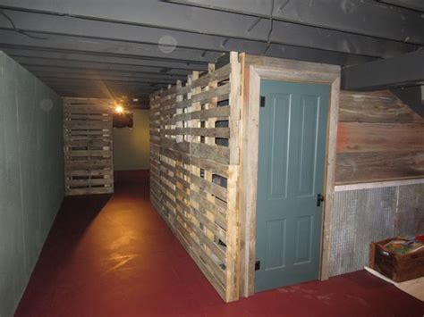 what is pallet walls and pallets on