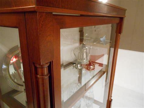 dellavedova arredamenti vetrina produzione artigianale modello biedermayer