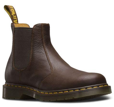 doc martens chelsea boots doc dr martens 2976 chelsea dealer luxury carpathian
