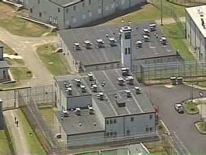Local Prison Guard Attacked By Prisoner With Piece Of Metal Fencing 171 Cbs Boston