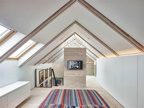 Interio Hocker by Hocker Farm With A Traditional Exterior And Minimalist