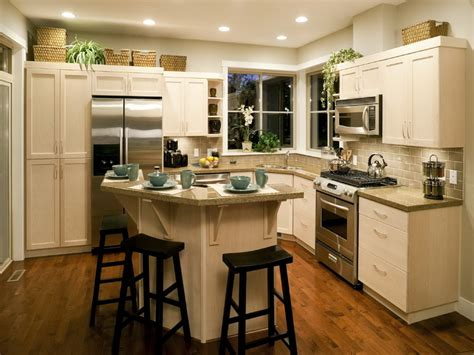 Ideas For Kitchen Islands In Small Kitchens Small Kitchen Remodel With Island Small Kitchen Island Designs With Seating Design Decor Idea