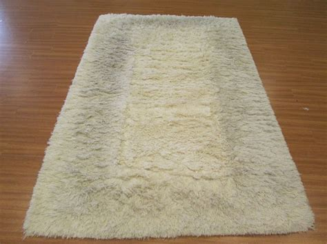 How To Clean Shag Area Rug How To Clean A Shag Area Rug 1000 Ideas About Cleaning Area Rugs On Rug Cleaning Rug Cleaning