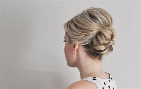 Easy Hairstyles For Black With Thin Hair by 8 Must Try Updos For Thin Hair