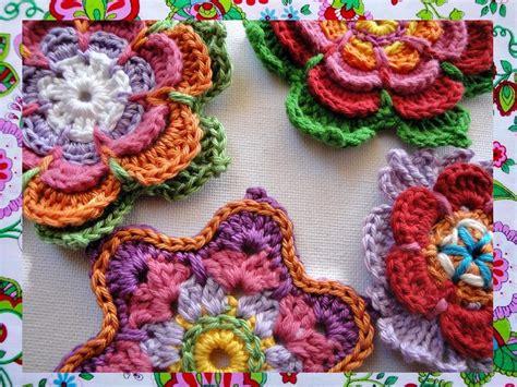 crochet pattern website 3 colorful flowers crochet patterns by wonderful hands