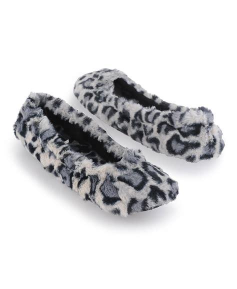 forever 21 slippers forever 21 fuzzy leopard slippers in animal black grey