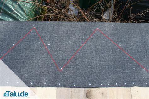 Bitumenbahn Selbstklebend Verlegen dachpappe und bitumenschwei 223 bahn selber verlegen talu de