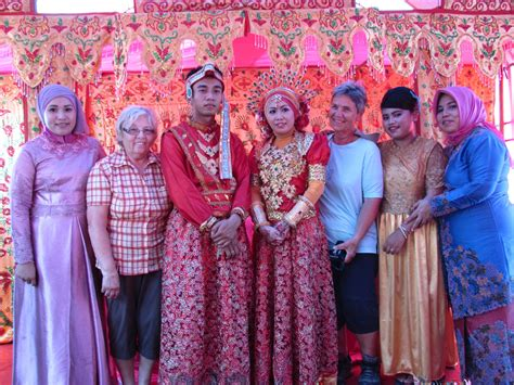 Wedding Indonesia by Wedding Sulawesi Pictures Indonesia In
