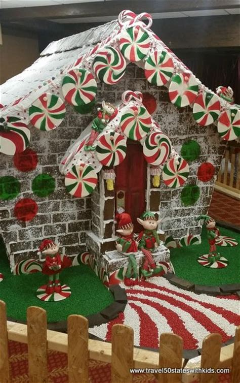 Winter Wonderland Decorating Ideas For The Office - kentucky christmas at the galt house a christmas carol travel 50 states with kids