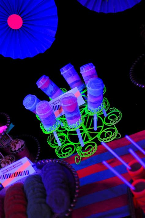 party themes glow in the dark kara s party ideas neon glow in the dark teen birthday
