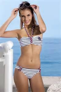 joli fille en maillot de bain les maillots de bain fille de l 233 t 233 2013 en photos