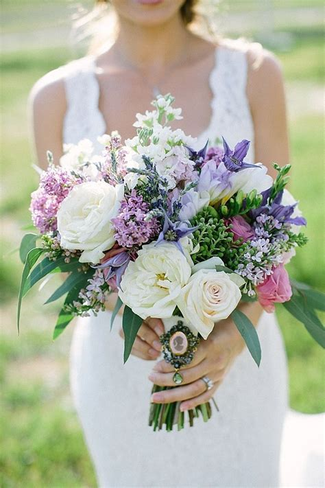 Purple Wedding Bouquets by Best 25 Purple Wedding Bouquets Ideas On
