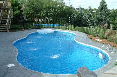 kidney shaped pools kidney pool kidney pool shape pictures swimming pool
