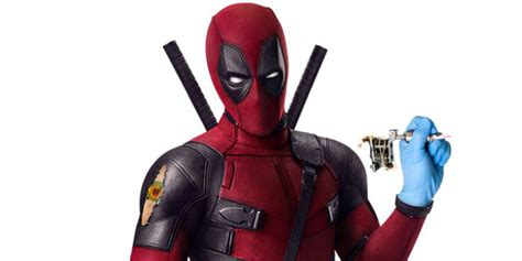 deadpool free deadpool announces free tattoos at brazil s comic con