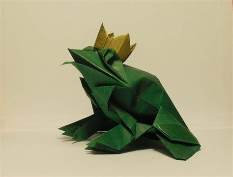 Paper Folding Frog - the origami frog prince by orestigami on deviantart