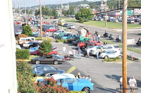 Pigeon Forge Rod Run Pictures