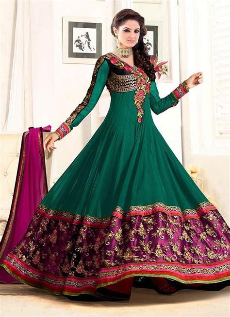 Latest Asian Umbrella Style Dresses & Frocks Designs 2018 ... Indian Designer Bridal Dresses 2017