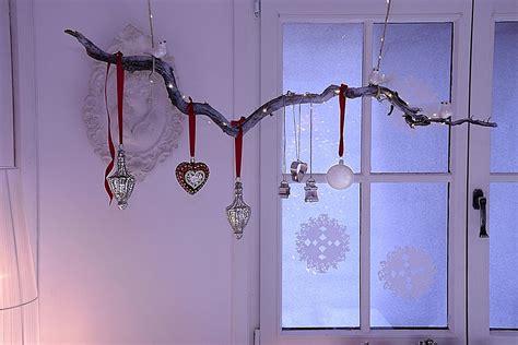 weihnachtliche fensterdeko selbermachen sch 246 n bei dir by