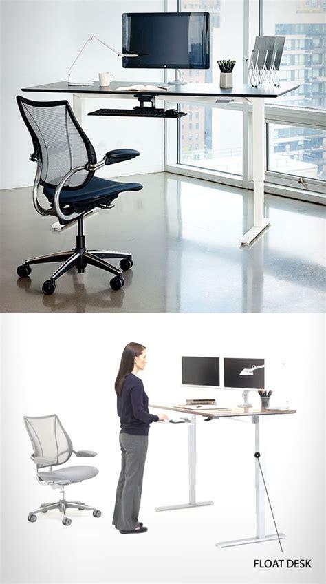 le mobilier de bureau ergonomique joue le docteur