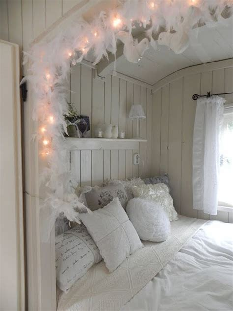 cervan bedding and curtains 25 best ideas about shabby chic caravan on pinterest