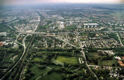 englischer garten münchen koordinaten luftbild aus zeppelin autobahn a 9 freimann m 252 nchen