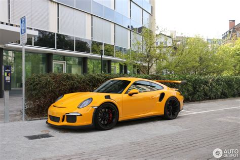 porsche gt3 rs yellow paint to sle yellow porsche 911 gt3 rs pdk begs for a